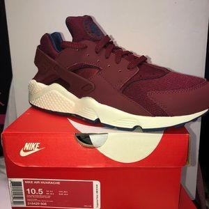 Nike Air Huarache Team Red Navy Trainer Sneaker